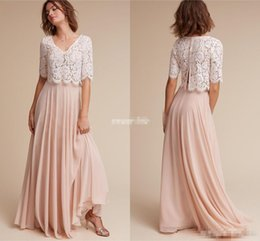 Robe De Dentelle Juniors Ivoire Pas Cher-Lace Chiffon Robes de demoiselle d'honneur 2017 Cheap Under 100 with Half Sleeves V Neck Ivory Lace Blush Chiffon Long 2 Pieces Junior Fashion Dress