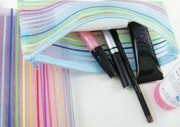 Viagem Cosméticos sacos de malha de nylon transparente cosméticos Maquiagem Colorida Sacos de sacos de armazenamento de Moda beleza caso Presentes de casamento em Promoção
