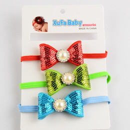 $enCountryForm.capitalKeyWord NZ - free shipping 30pcs lot Baby hair accessories pearl sequin bows skinny elastic headbands for girls newborn head bands FD91