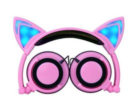 Chinese  Foldable Flashing Glowing Cat Ear Children's headphones Gaming Headset LED light Over on Ear Earphones For PC Laptop Computer Phone Cosplay manufacturers