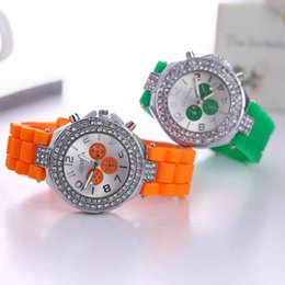 Wholesale Classic Cystal Women Geneva Watches Double Diamond watch Three eyes Dial decoration silicone strap Shiny watches Fashion Geneva Quartz watch