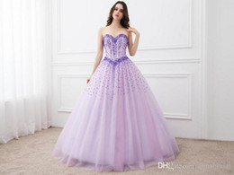 Robes Gonflées Douces 16 Pas Cher-2017 Sparkle perles Ball Gowns Quinceanera Robes Light Purple Sweetheart Corset Tulle Sweet 16 Filles Puffy Party Robes Vestido De Festa