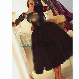 $enCountryForm.capitalKeyWord Australia - 2019 Puffy Printed Vintage Cocktail Party Gowns Black Square Collar Long Sleeve Flower Power Tea Length Tulle Puffy Prom Dresses