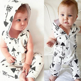 $enCountryForm.capitalKeyWord Canada - Ins Summer Infant Baby Rompers Hooded Sleeveless Overalls Boys Kids Arrow Zipper Cotton One-piece Rompers Jumpsuit 3026