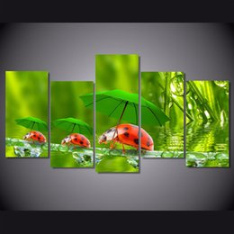 $enCountryForm.capitalKeyWord Canada - New 5 Panel Funny Ladybugs Paintings on Canvas HD Printed Home decor Wall Picture For Children Room Unframed