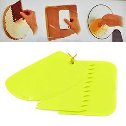 Pastry Cutters Australia - Wholesale- 3Pcs Plastic Dough Icing Fondant Scraper Plain Smooth Jagged Edge Spatulas Cutters Baking Pastry Tools espatulas de silicone