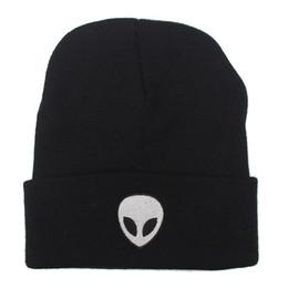 $enCountryForm.capitalKeyWord UK - Europe Style Fashion Street Knitting Hat Embroidery Alien Cap For Men And Women Autumn Winter Beanie Skull Hat Warm Soft Cool Cap