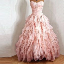 Barato Vestidos De Formatura Promocionais On-line-2017 Fall Vintage Tiered Quinceanera Vestidos Sweetheart Off the Shoulder Lace Up Back Ball Gown Prom Vestidos para Mulheres Venda Online