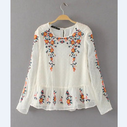 $enCountryForm.capitalKeyWord NZ - 2017 New Fashion Women Vintage Floral Embroidered Hem Ruffles Blouses Shirts lady Long Sleeve Feminine Blusa quality Tops LS1169