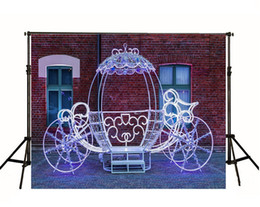 Printed brick PhotograPhy backdroP online shopping - 7x5ft Bling Princess Carriage Photography Backdrops Windows Brick Wall Girls Photographic Backgrounds for Studio Photo Booth Props