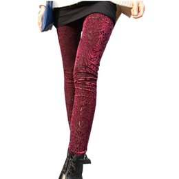 Barato Calças De Veludo-Atacado- Femme Hollow Flower Legging Outono Mulheres Veludo Leggins Impressos Leggings do Office Nine Points Female Stretch Special Work Fashion