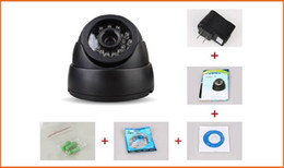 Vente en gros Caméra de vidéosurveillance HD Caméra de surveillance infrarouge 420TVL 24 Leds IR Caméra Dôme de Sécurité Vision Nocturne Support Carte TF noir blanc avec boîte de vente au détail