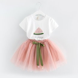 T-shirts Pour Tutus Pas Cher-Nouveau été 2017 vêtements pour bébés princesse Costumes de robe Vêtements pour enfants T-shirt en coton Tops + bow Tutu jupe 2pcs sets Toddler Outfits A489