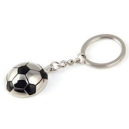 $enCountryForm.capitalKeyWord UK - Creative Sports Metal Soccer Football Keychains Keyring - Fashion Trinket Novelty Key Holder Souvenir Gifts Key Chain Ring