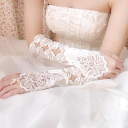 cheap sheer gloves Australia - Hot Sale High Quality White Ivory Fingerless Wedding Gloves Cheap 2017 Sheer Lace Beaded Bridal Gloves Luva De Noiva Women