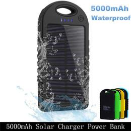 Güneş Enerjisi Banka Pil Su Geçirmez Çift Usb Şarj Telefonları Kamp Lamba Aksesuarları Ultra Ince Yapış Kanca Sırt Çantası Yürüyüş Kavrama Kauçuk