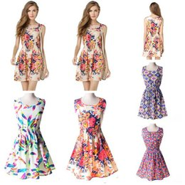 Robe À Pas Cher Pour Les Femmes Pas Cher-Mode Femmes Robe Décontractée Sans Manche Chiffon Floral Plus Taille Cheap China Robe 25 Designs Femmes Vêtements Femme Robe Summe 2017 New Arriva