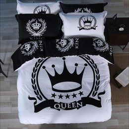 Discount royal beds - Black and White Royal style Bedding Set home textile 4pcs Bedlinens for queen king size bed 100% Cotton crown duvet cove