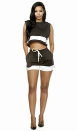 Barato Novo Treino De Moda Para Mulheres-2017 New Fashion Women Tracksuits Preto e branco Sports Stitching Exposed Umbilical Suit Contraste Cor Sem mangas Vest Drawstring Short