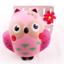 Toptan 12 CM Sevimli Squishy Kawaii Pembe Baykuş PU Yumuşak Yavaş Yükselen telefon Askı Sıkmak Arası Çocuk Oyuncak Anksiyete Rahatlatmak Hediye