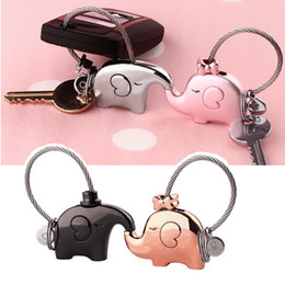 $enCountryForm.capitalKeyWord Canada - 4 Colors Fantastic French Kiss Elephant Couple Lover Keychain Keyring, Women Bag Pendant Valentine Gift Trinket Key Accessories