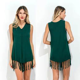 Barato Vestido Longo De Manga Longa Mini-Knitted Long Top Top Tassels Decoração Vestido Verde V Neck Tank Top Camisas Sleeveless Mini Holiday Dress