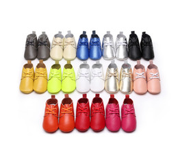 $enCountryForm.capitalKeyWord Canada - New 13colors Genuine Leather Baby Moccasins Shoes solid lace up Baby Shoes Newborn first walker Infant Shoes