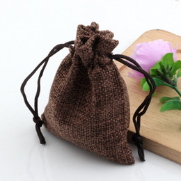 Discount linen jute bag - Hot ! 50pcs 7*9cm Brown Linen Fabric Drawstring bags Candy Jewelry Gift Pouches Burlap Gift Jute bags
