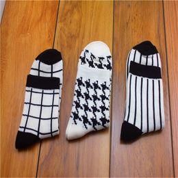 $enCountryForm.capitalKeyWord NZ - 6 Pairs lot Women Summer Novelty Transparent grid socks Glass Crystal Silk Cool Mesh Knit Sheer soks