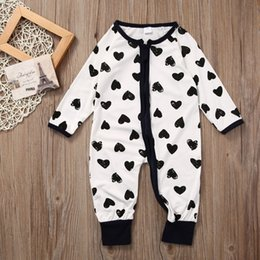 $enCountryForm.capitalKeyWord Canada - 2017 High quality Romper Infant Baby Girl Boy Long Sleeve Kids Clothes Heart Pattern Outfits One Piece 0-24M