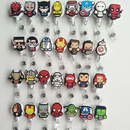 Badges Rétractables Pas Cher-Nouveau 29pcs Cute Cartoon Heroes Hommes Retractable Badge Reel Pull Carte d'identité Badge Holder Clip de ceinture Bureau de l'hôpital scolaire