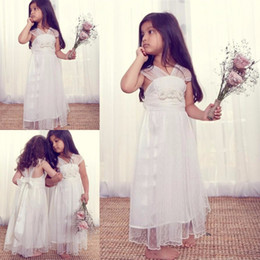 $enCountryForm.capitalKeyWord NZ - 2017 Vintage Long Ivory Flower Girl Dresses for Weddings Unique Design Tulle V-neck Cap Sleeves Tea Length Kids Party Girls Pageant Gowns