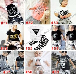 Barato Parte Superior Do Bebê Do Impressão Do Leopardo-O short infantil do infante do INS do verão Sleeved o T-shirt global do algodão do t-shirt do algodão cobre o short infantil 2pc dos Shorts do cruzamento do leopardo do tubarão