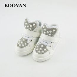 Barato Sapatos De Esporte Velcro-Koovan Kids Shoes 2017 New Fashion Kid Crianças Bebés e meninos Sapatos de desporto Baby Sequins Sapatos Men's Sneakers Boots white 21-25
