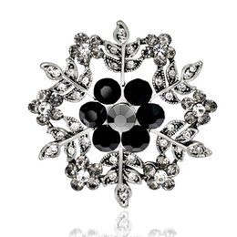 Chinese  Vintage Blue Snow Flower Brooches For Women Hats Dresses Crystals Round Corsage Antique Silver Plated Turkish Brooch Drop Ship 170739 manufacturers