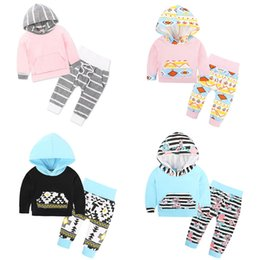 Chemise De Garçon Pas Cher-New Autumn Baby Ensemble de vêtements pour enfants Stripe Geometry Hooded Cotton Tops T-shirt + Pantalons Enfants 2pcs Outfits Boys Girls Set 13440