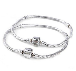 crystal 3mm UK - Pulseira Beads Charms Fits Pan Bracelet Link, Chain Women 18CM-22CM 1PCs ONLY Silver 3MM Snake Free Shipping on Chain Fits European