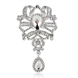 china flower brooches UK - Austrian Crystal Brooch Pins For Women Top Quality Flower Broches Jewelry Fashion Wedding Party jewelry rhinestone brooch Drop Ship