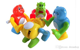 Small Army Toys Canada - Small animals on the chain somersaults Clockwork baby Early Learning creative strange new somersault Clockwork toys spread the goods