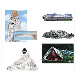 China 600pcs hot sale waterproof Emergency blanket Survival pads Rescue curtain life-saving blanket Tent Solar Thermal suppliers