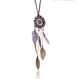 Wholesale Dreamcatcher Necklaces Feather Handmade Woven Necklace Fashion Leopard Grain Feather Long Sweater Chain Dream Catcher Net Factory Sales