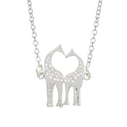 Wholesale 2017 big animal long chain clavicle necklace Sika deer Giraffe kiss silver plated Pendant Necklace statement Jewelry
