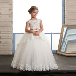 Wedding Dresses Kids Size 12 Canada - Pretty Princess Christmas Pageant Dresses For Girls Size 6 8 12 Cap Sleeve Long Beauty Kids Puffy Ball Gown Dresses Lace Train
