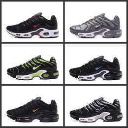 Barato Homem Elétrico Barato-2017 New Arrival Fashion Air TN Cushion Running Shoes for Men Moda Sport Shoes Atletismo elétrico Ultra Cheap Sneakers Sapatos Tamanho 7-11