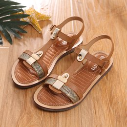 $enCountryForm.capitalKeyWord Canada - HEYIYI Women's Sandals Flat Thong Shoes Open Toes Flip Sandals Summer Classical Beach PU Leather Shoes T-Strap Comfortable Ladies Shoes