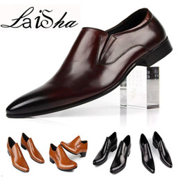 Size Pointed Flat Shoes NZ - 2017 Men Luxury Designer Men Leather Shoes Pointed-toe Black Brown Brand Classic Genuine Leather Dress Flats Size 39-44