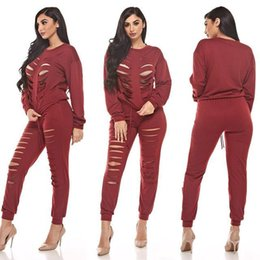 Barato Mulheres Quentes Rasgadas Roupas-Women 2 Piece Pants Sets 2016 Hot Outono manga longa Ripped Tracksuit Set Sexy Red Blue Oco Out O Neck Destroyed Clothes Set
