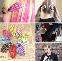 $enCountryForm.capitalKeyWord Canada - Newest Halloween decoration barrettes hair for women ghost skeleton of hand Hair Clips personality gripper hairpin free shipping C086