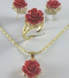 $enCountryForm.capitalKeyWord Canada - Pretty Crystal Red Coral rose Flower Pendant Earring Ring lady's set