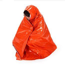 Изоляционные майлар материал тепловой первой помощи одеяло открытый выживания спасательные водонепроницаемый аварийно-спасательных палатка кемпинг мат Бесплатная доставка